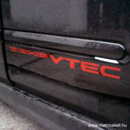 Honda DOHC VTEC felirat matrica